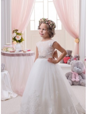 Shop Ivory Ball Gown Bateau Chapel Train Sleeveless Lace & Tulle Flower Girl Dress Quebec